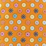 tissu-poppy-swinging-round-orange-x-10cm