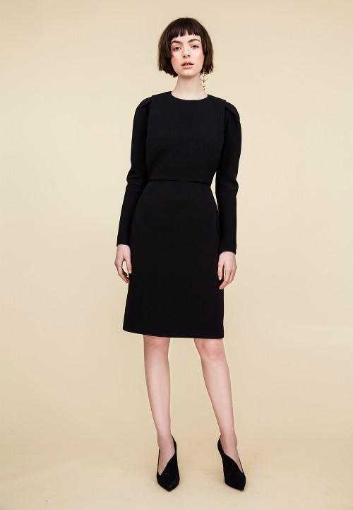 le-906-robe-fourreau-a-plis-couches